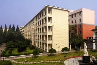 004.教学楼.jpg