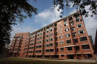 013.学生公寓.JPG