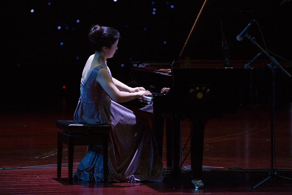 林艳萍钢琴音乐会